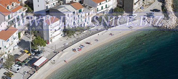 Drašnice (Drasnice) - offer wide range of private apartments, there are no hotels what means there are no to many people on beaches, so beaches are clean, sea is clean, there is enough space for everyone, ideal for families with children, because there is no deep sea, they are allways on your sight